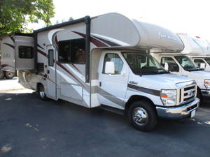 2015 Thor Motor Coach Four Winds 26A