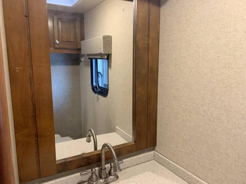 2017 Heartland Bighorn 3890SS