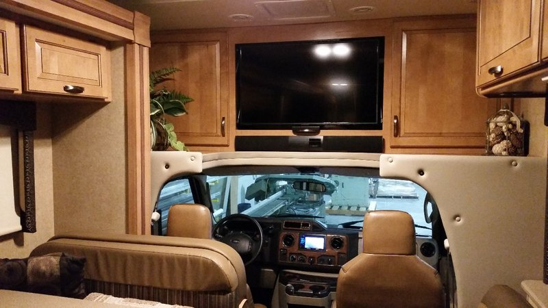 2015 Thor Motor Coach Four Winds 31W