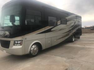 2011 Tiffin Allegro Open Road 35QBA