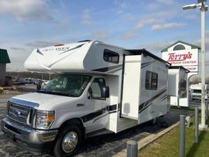 2021 Coachmen Freelander Premier - Chevy 4500 26DS