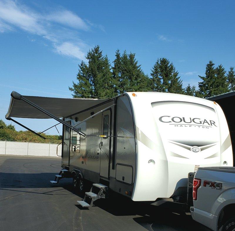 2018 Keystone Cougar Half Ton 24SABWE