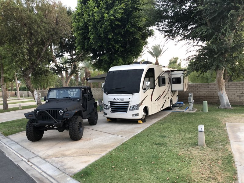 2018 Thor Motor Coach Axis 25.3