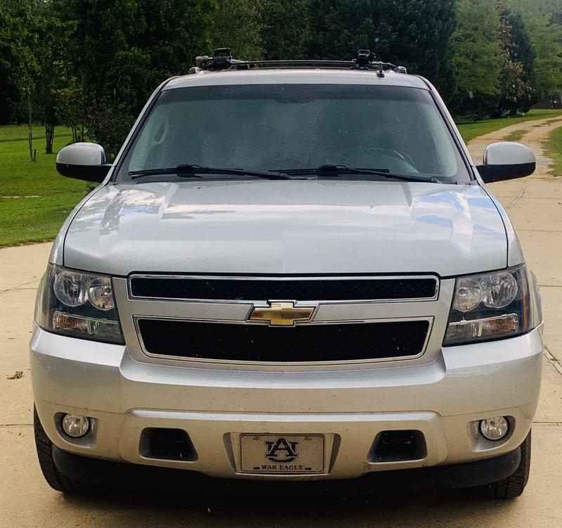 2010 Chevrolet Suburban 4WD 3/4 Ton LT 2500 HD