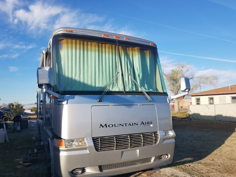 2002 Newmar Mountain Aire 4565