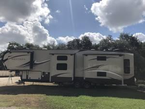 2018 Keystone Montana High Country 370BR