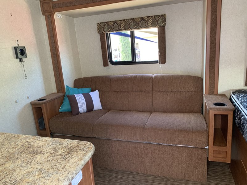 2015 Pacific Coachworks Mighty Light M14-RBS