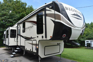 2018 Heartland Bighorn Traveler 39RD