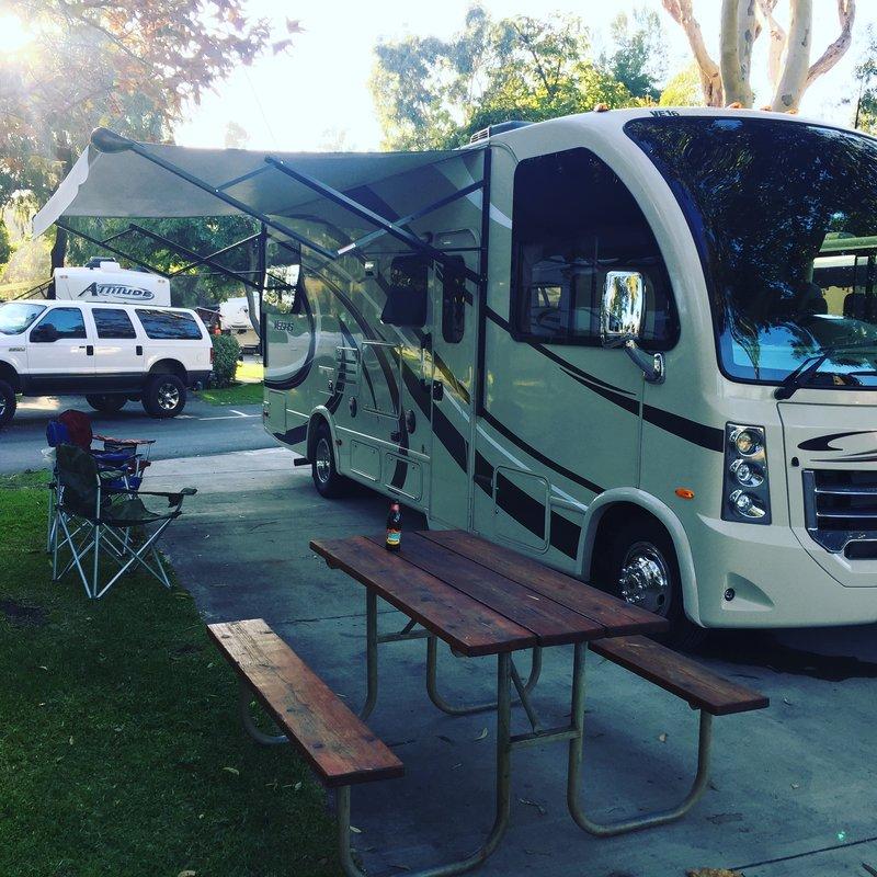 2016 Thor Motor Coach Vegas 25.2