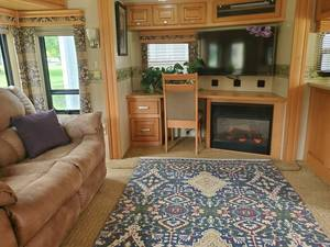 2008 Carriage Carri-Lite CL36XTRM5