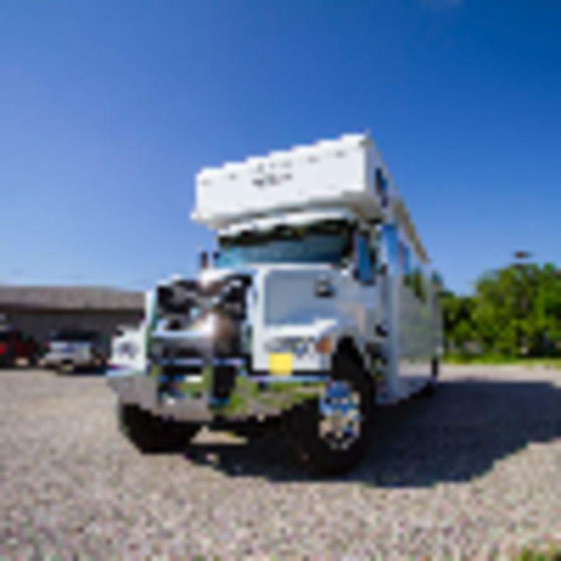 2019 Haulmark Haulmark Motorcoaches 39 TS