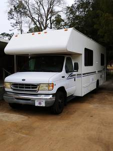 2002 Four Winds Fun Mover IFD26Q