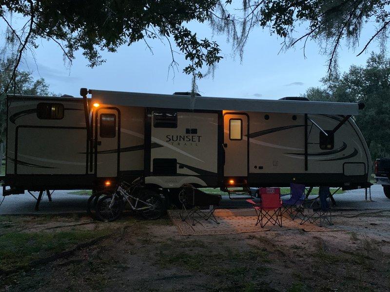 2016 CrossRoads Sunset Trail Super Lite 320BH