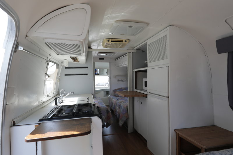 1979 Airstream Land Yacht sovereign