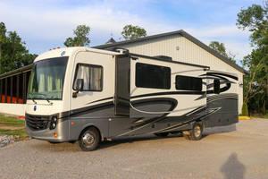 2017 Holiday Rambler Vacationer XE 35k