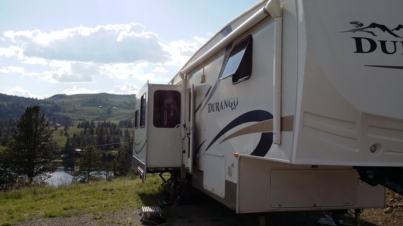2010 KZ Durango 325