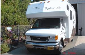 2006 Bigfoot RV 3000 DB