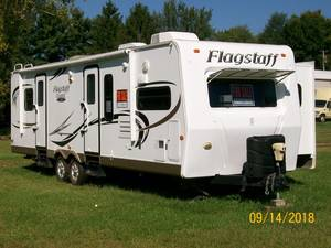 2011 Forest River Flagstaff Classic Super Lite 831FKBSS