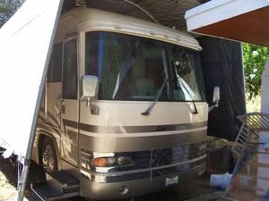 2000 Country Coach DynoMax MAGNA C- 10