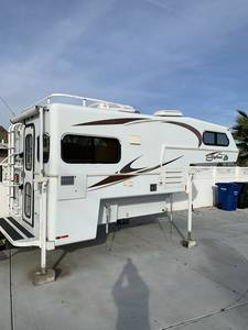2015 Bigfoot RV 1500 BIGFOOT